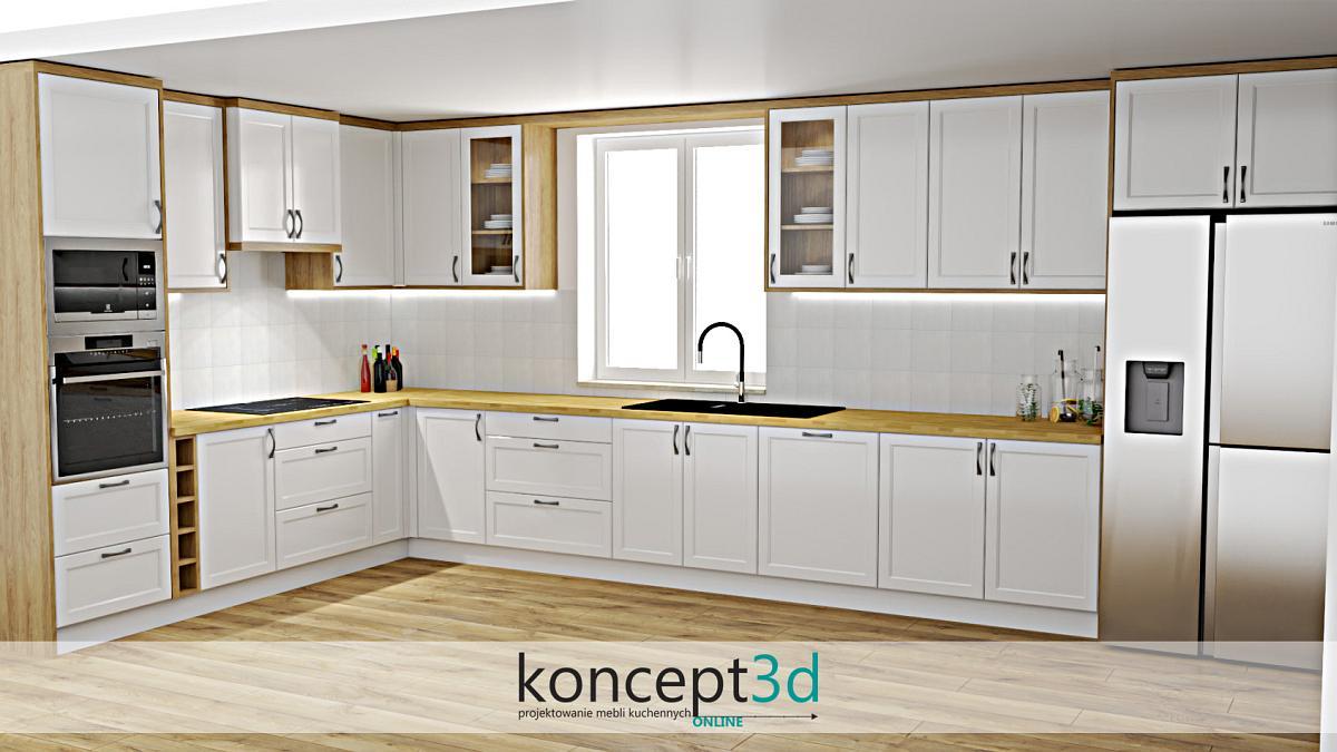 Klasyczna kuchnia z drewnianymi elementami i witrynkami przy oknie